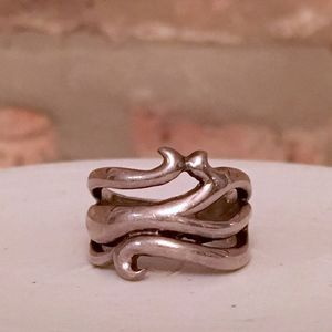 ARTISAN Crafted Vine Ring